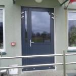 drzwi-aluminiowe-okna-minsk-mazowiecki-minskieokna-aluminium-cieple-ponzio-pt60-ral7016-szyby-pakiet-trzyszybowy--klamka-ral9006-zawias-drzwi-dwuskrzydlowe