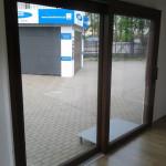 www.minskieokna.pl-AdamS-HST-pzesuw-niski-prog--orzech-obustronny-zdj08